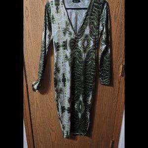 Dresses & Skirts - Snake Skin Dress ✨